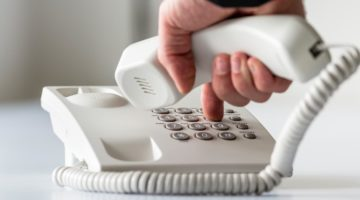 Personal contact is vital in customer support
